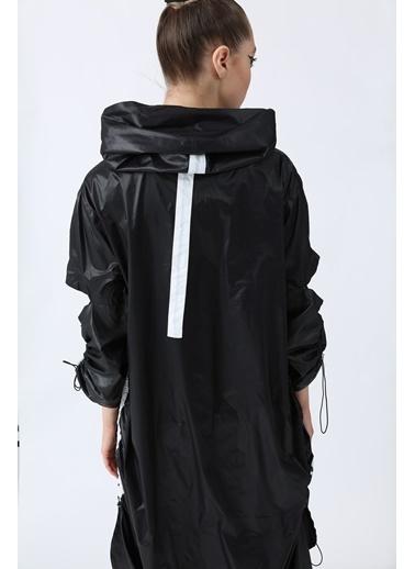 Soie Design Yağmurluk Siyah